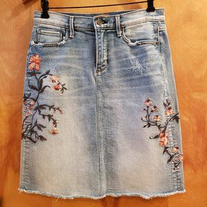 Driftwood Embroidered Floral Saydi Denim Skirt